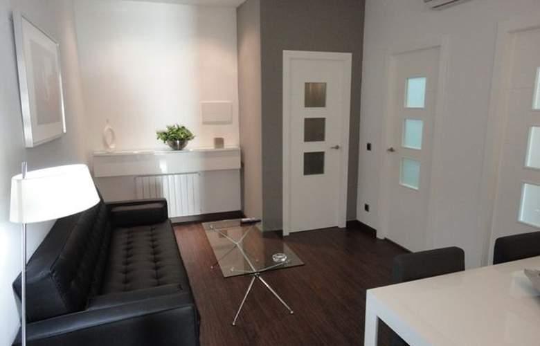 Alos Apartamentos - Room - 8