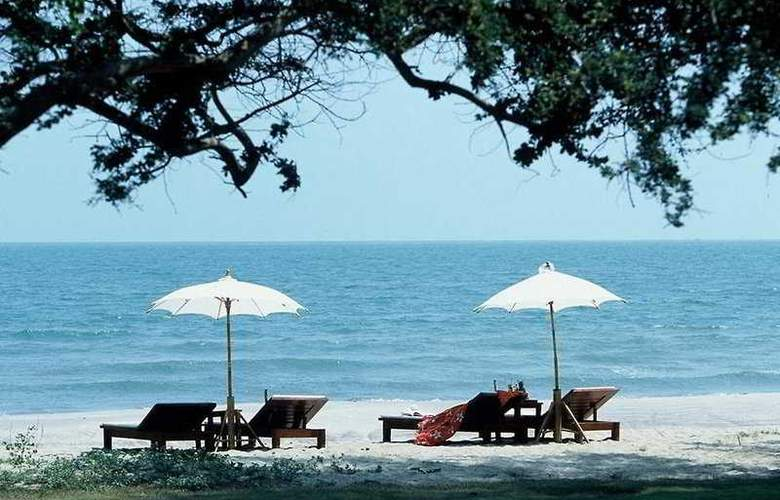 Privacy Beach Resort and Spa - Beach - 4