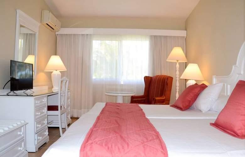 Playabachata Resort - Room - 8