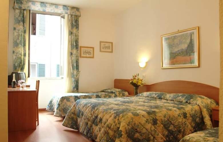 TIRRENO - Hotel - 0