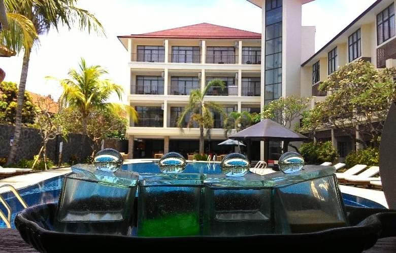 Best Western Resort Kuta - Pool - 25