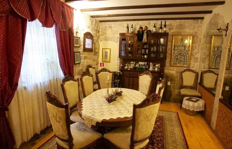 Pasike - Restaurant - 1