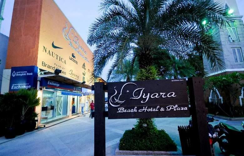 Iyara Beach Hotel & Plaza - Hotel - 3