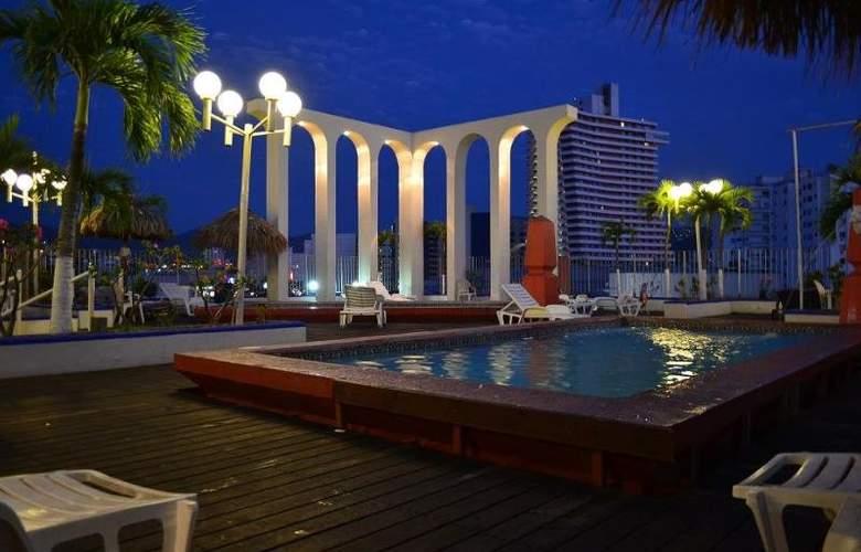Club del Sol Acapulco - Terrace - 4