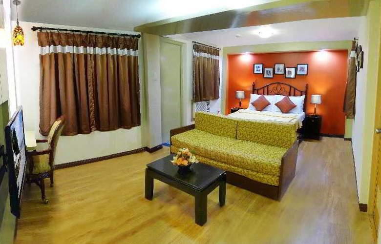 1775 Adriatico Suites - Room - 3