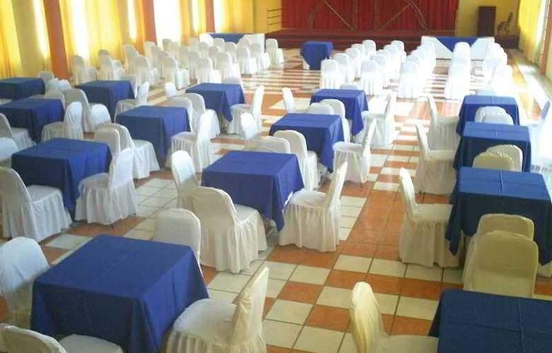 Dona Juana Cecilia Miramar - Conference - 0