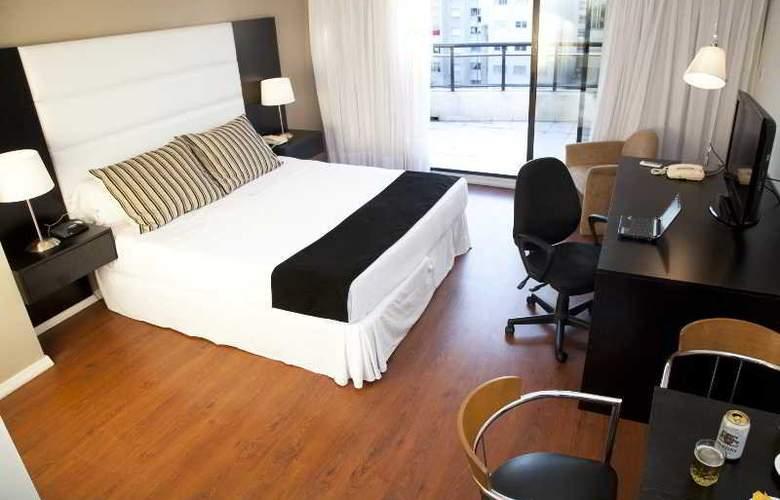 Pocitos Plaza Hotel - Room - 23