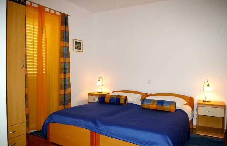 Pervanovo Apartments - Room - 5