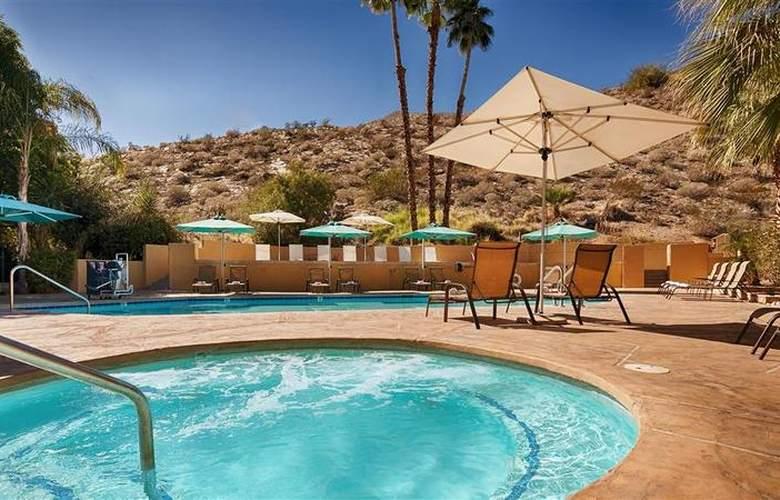 Best Western Inn at Palm Springs - Pool - 114