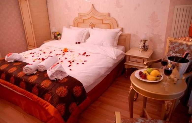 Saba Sultan - Room - 6