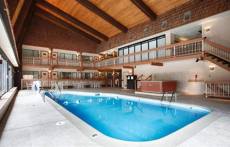 Best Western Sheridan Center - Pool - 92