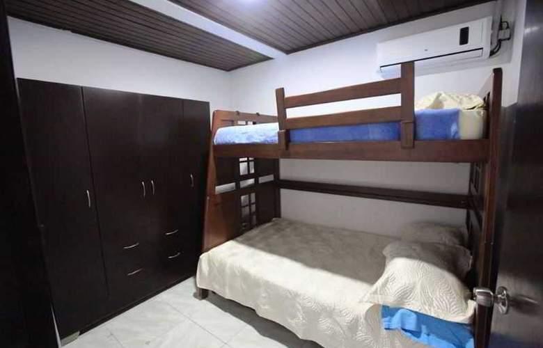 Zoila Agudelo Aptos - Room - 20