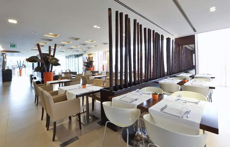 Best Western Hotel Goldenmile Milan - Bar - 13