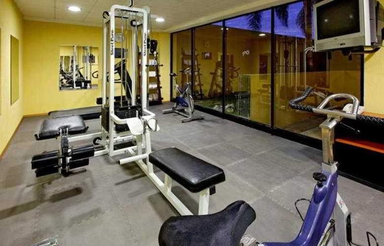 Holiday Inn Express Nuevo Laredo - Sport - 12
