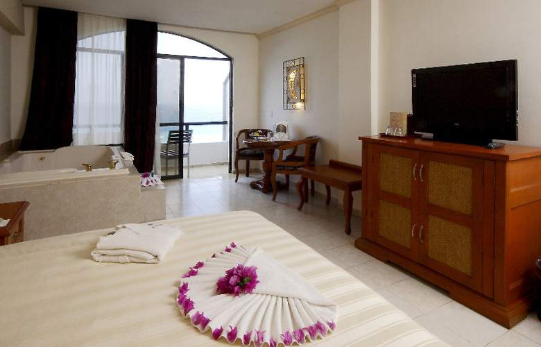 Golden Parnassus Resort & Spa All Inclusive - Room - 2