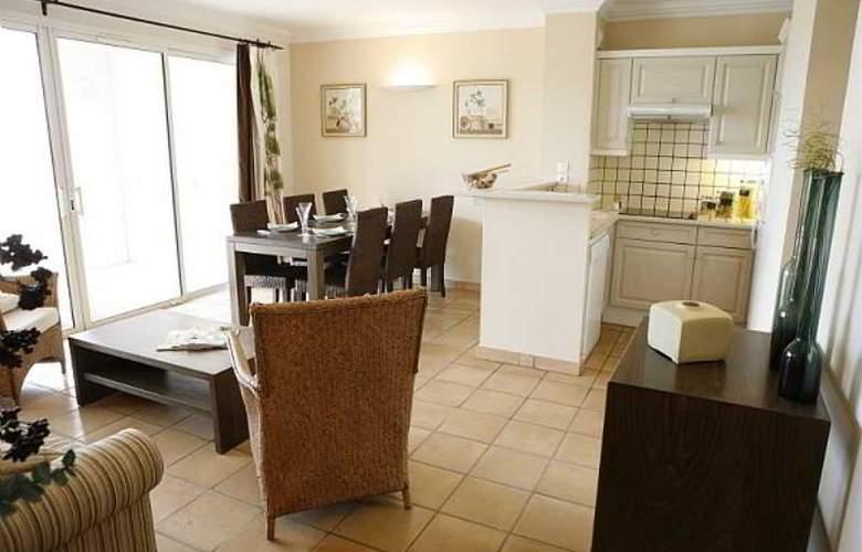Pierre et Vacances Village Club Les Restanques du Golfe de Saint-Tropez - Room - 9