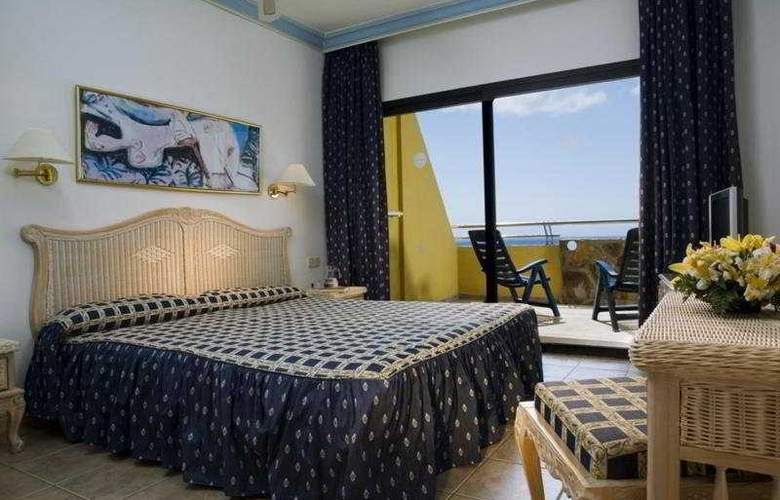 Bluebay Beach Club - Room - 4