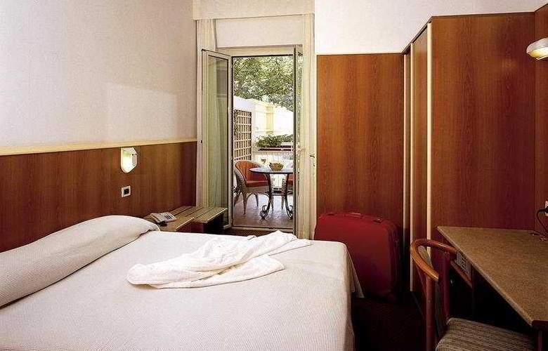 Principe di Piemonte (Rimini) - Room - 4