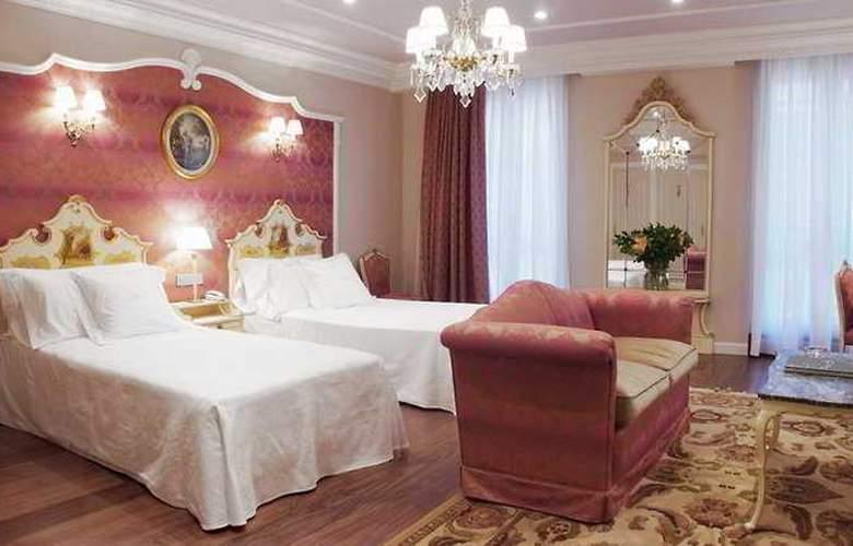 Gran Hotel La Perla - Room - 3