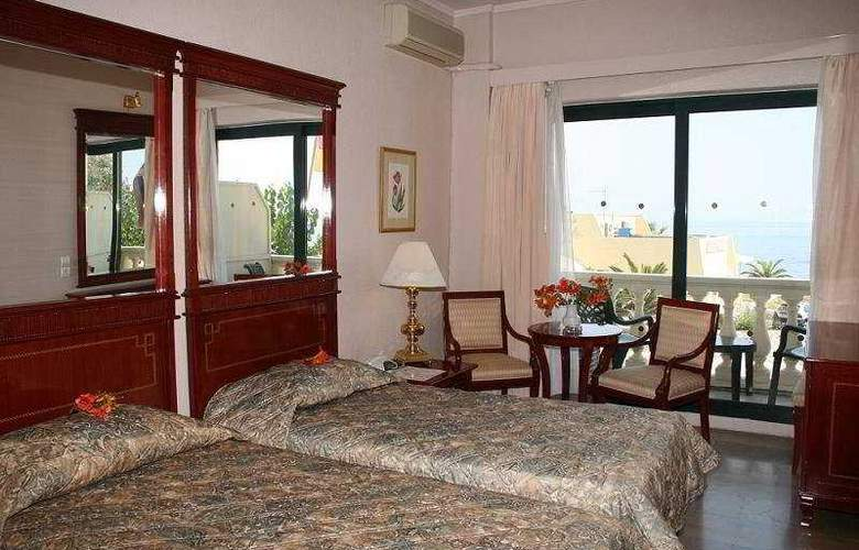 Palace Mon Repos - Room - 2