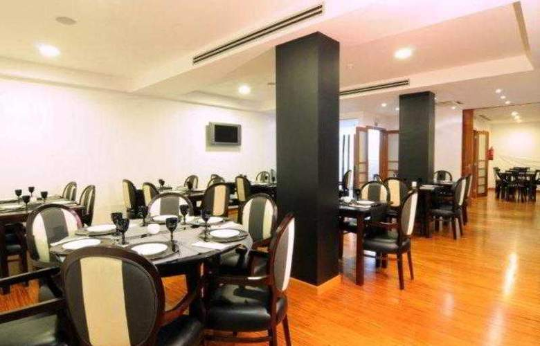 Wellington Hotel - Restaurant - 11
