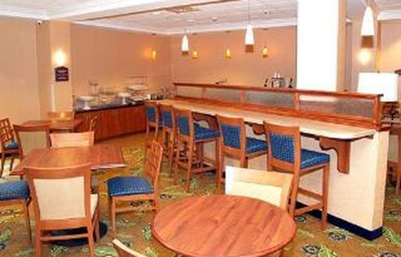 Comfort Suites Amish Country - General - 2