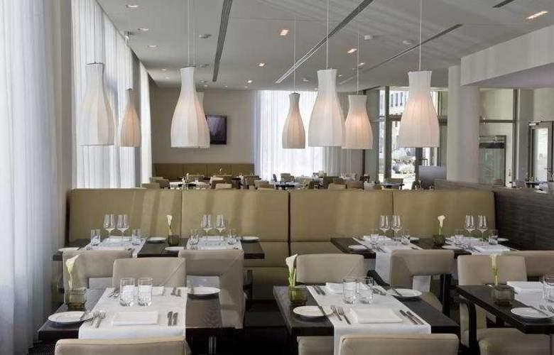 Arcotel John F - Restaurant - 6