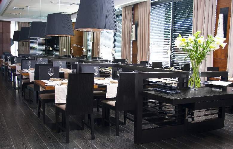 Radisson Petra La Dehesa - Restaurant - 6