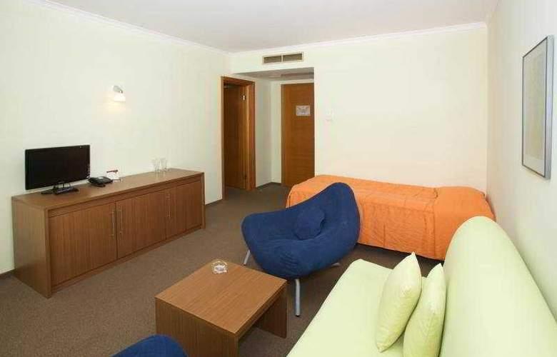 Jeravi - Room - 3