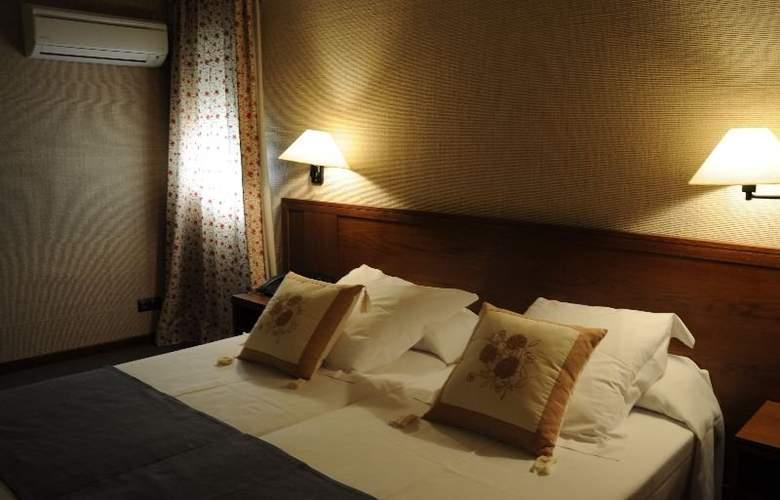 Hostalsport - Room - 7