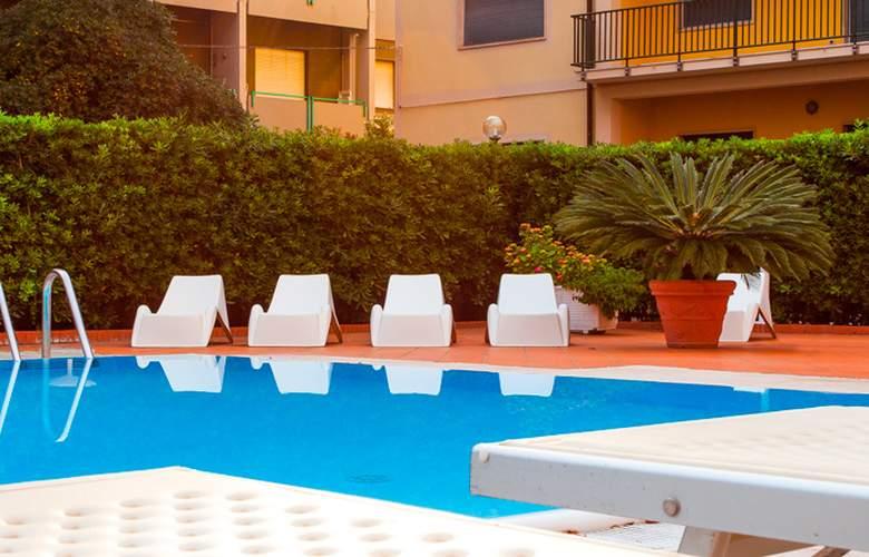 San Michele - Pool - 2