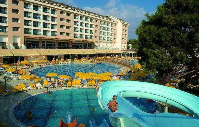 Laphetos Beach Resort & Spa - Hotel - 0
