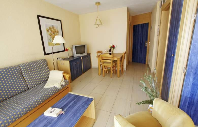 Vistasol Apartments - Room - 2