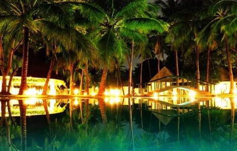 Cordova Reef Village Resort - Pool - 29