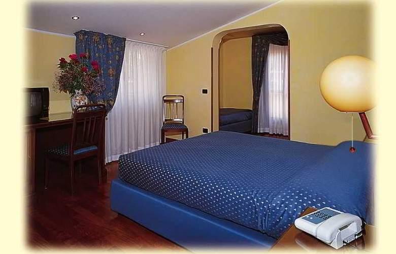 Hotel Centro - Room - 1