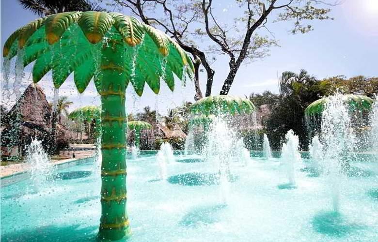 Barceló Tambor - Pool - 14