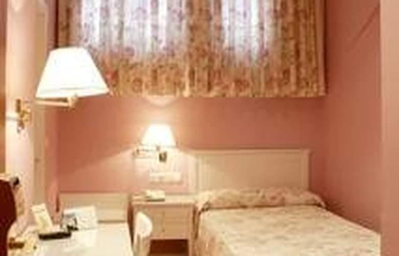 Cordon - Room - 1