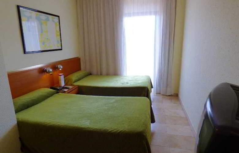 Expo Hotel  Barcelona - Room - 11
