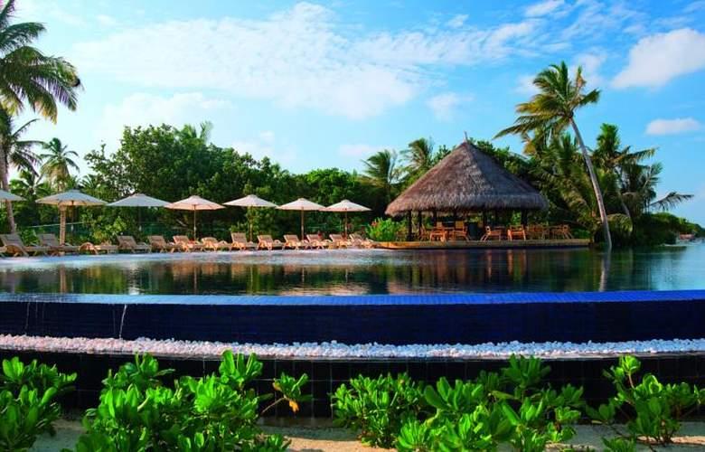 Lux South Ari Atoll - Pool - 15
