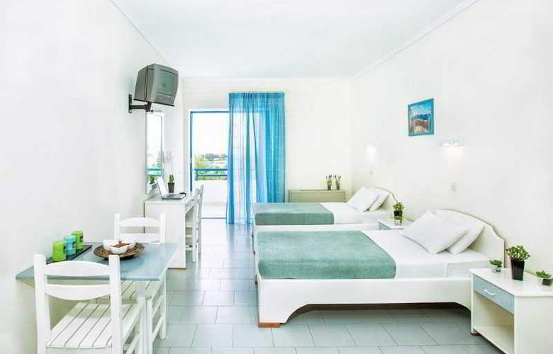 Port Marina - Room - 17