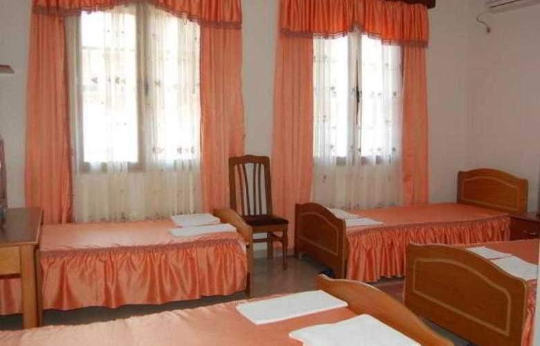 Berati Hotel - Room - 8
