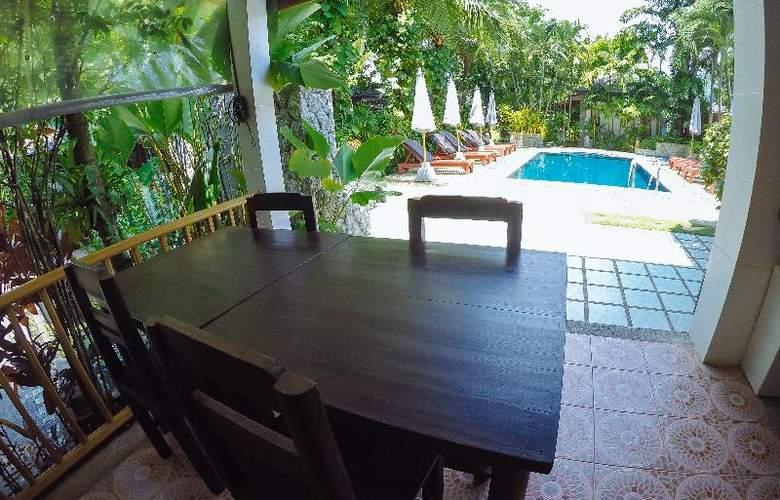 Bangtao Beach Chalet Phuket - Pool - 56
