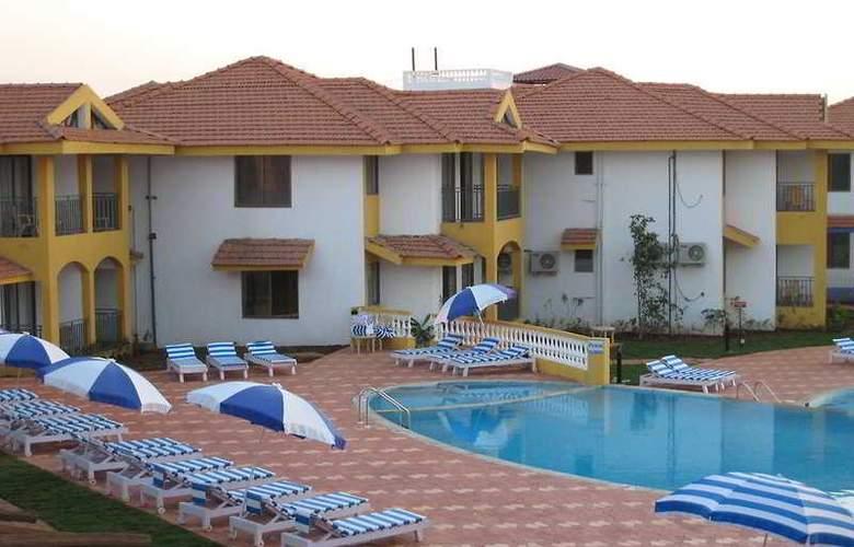 Baywatch Resort-Goa - Pool - 7
