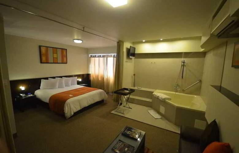 QP Hotels Lima - Room - 4