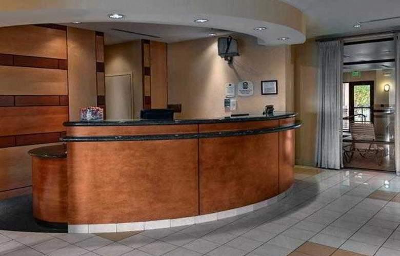 SpringHill Suites Denver Airport - Hotel - 0