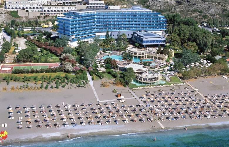 Calypso Beach - Hotel - 0