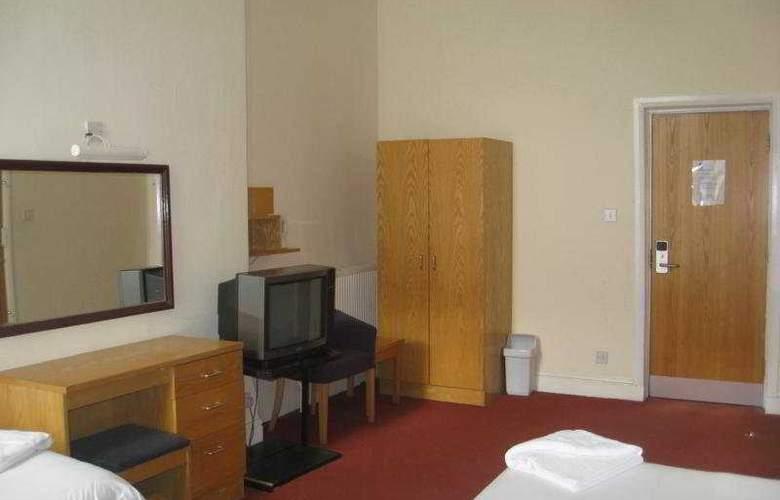 Somerset - Room - 4