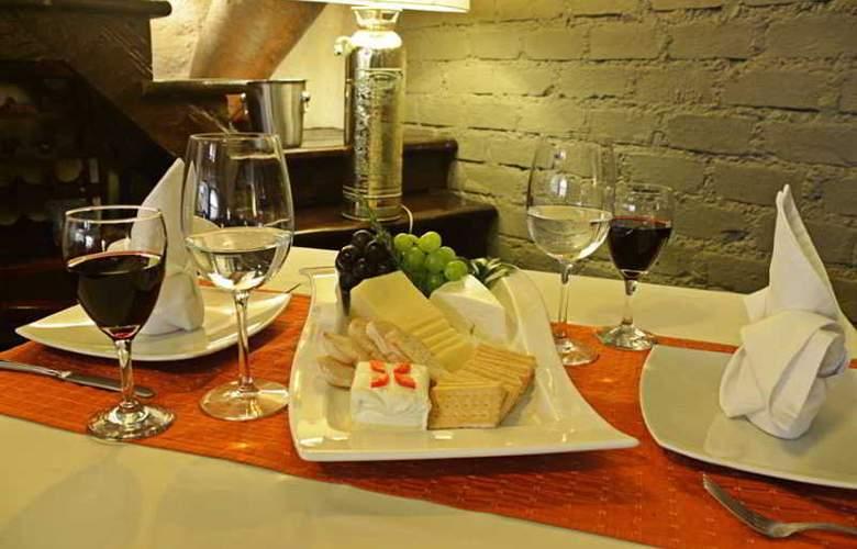 El Condado Miraflores Hotel & Suites - Restaurant - 18