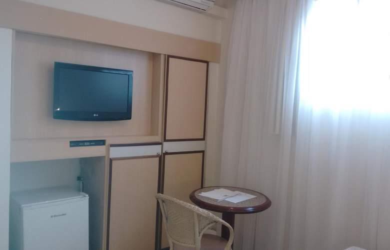 Savoy - Room - 8