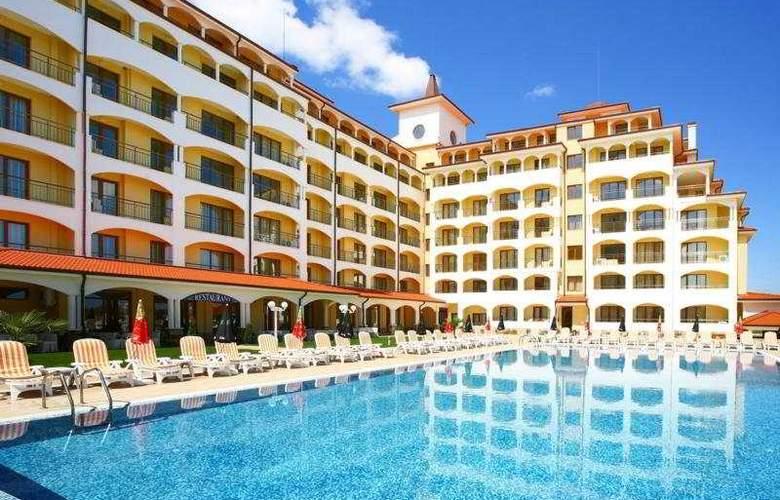 Sunrise All Suites Resort - Pool - 8